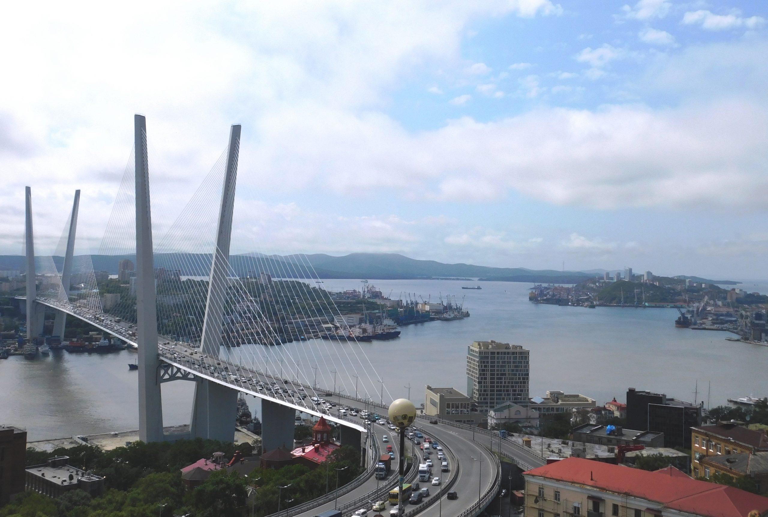 Most nad Zatoką Złoty Róg